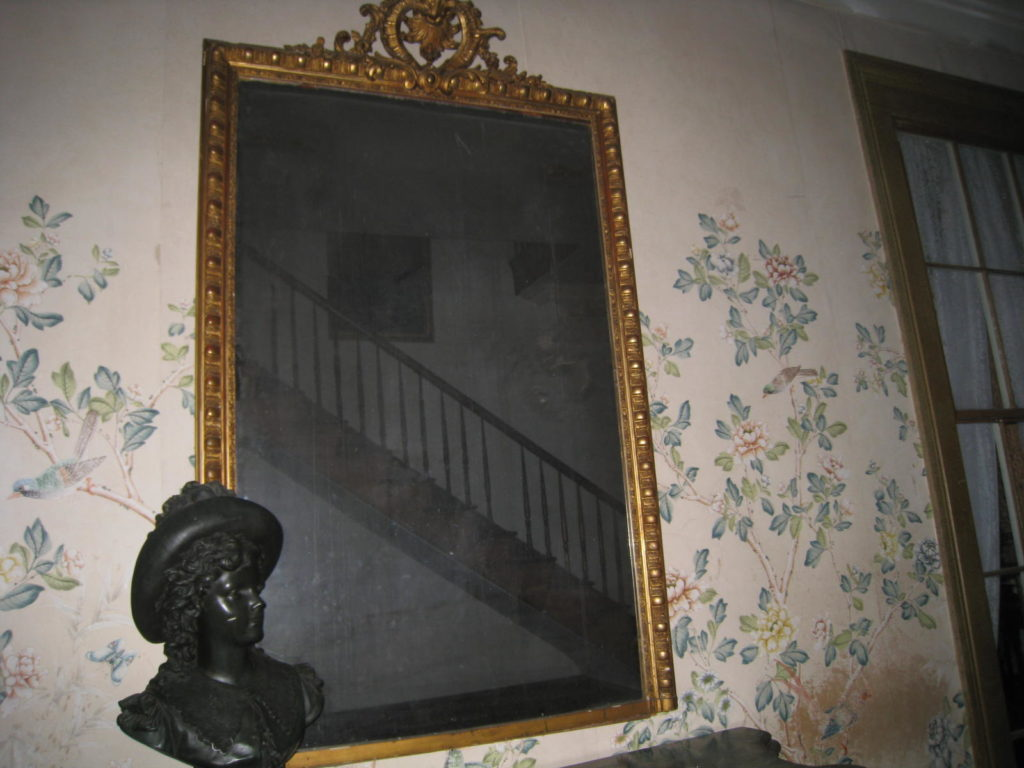 most-haunted-objects2